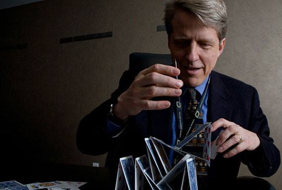 Nobel Laureate Robert Shiller Says Dishonesty Is A Leading Indicator Of Bubbles, Urges Young Grads To Head To Wall Street