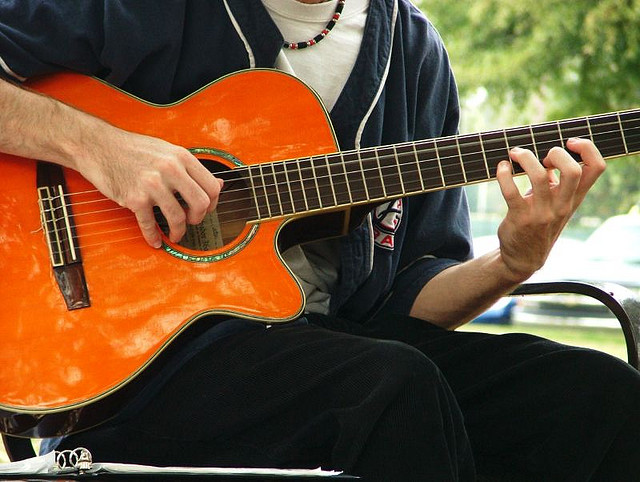 Learn to play the guitar with these free online resources.