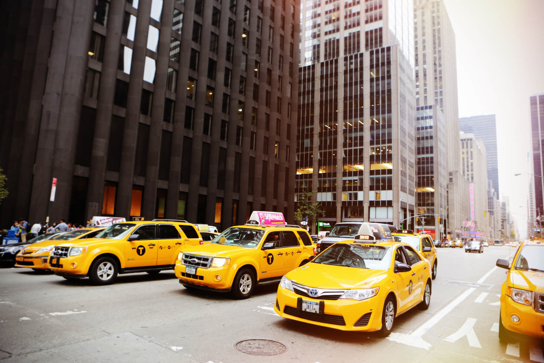 2-Life-of-Pix-free-stock-photos-NY-taxi-city-downton-yellow-leeroy